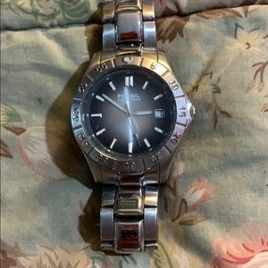 """NEW Fossil """"BLUE""""Silver Water Resistant/Date Watch"""
